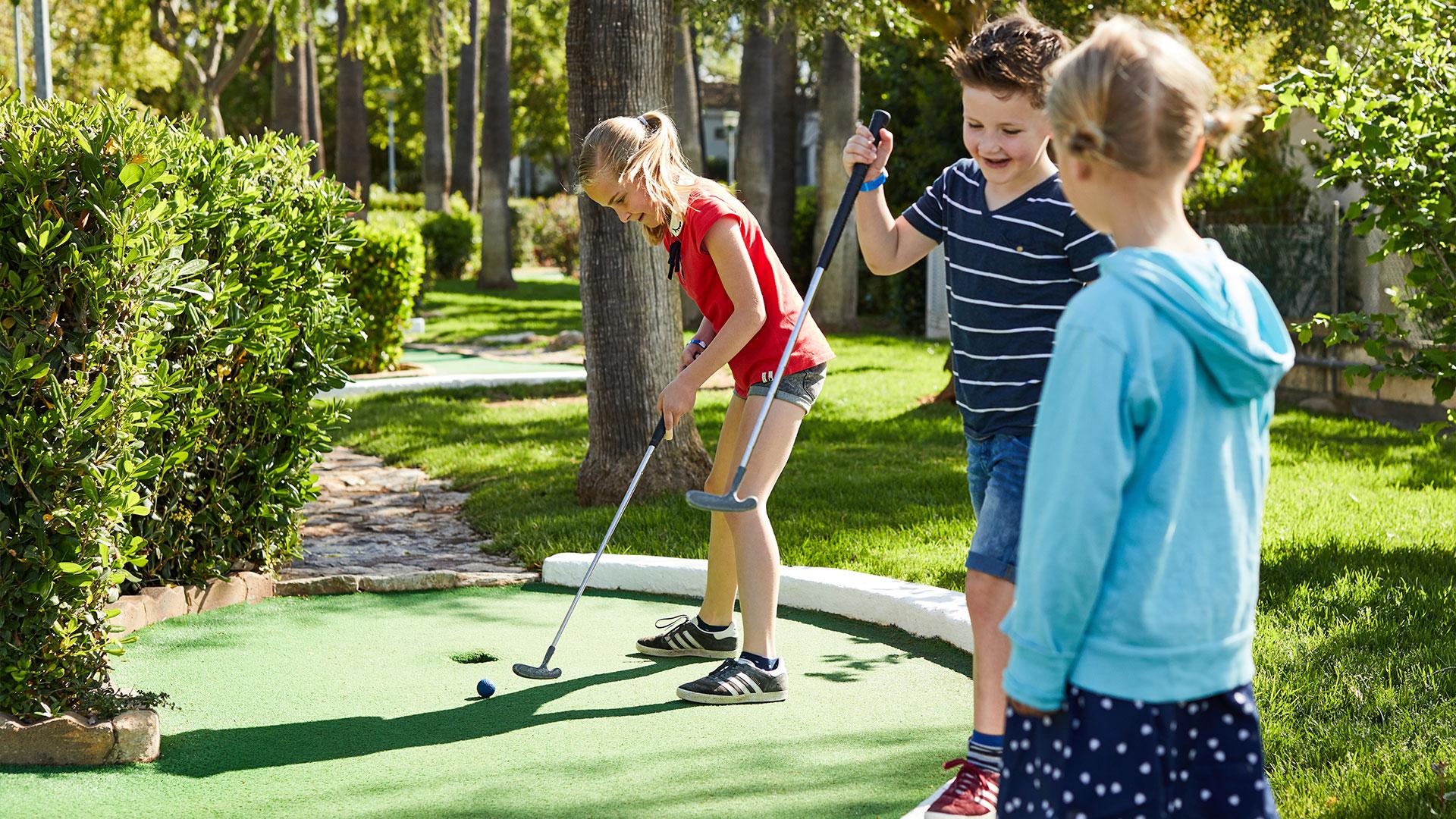 Mini Golf Paradis en Sa Coma Protur Hotels